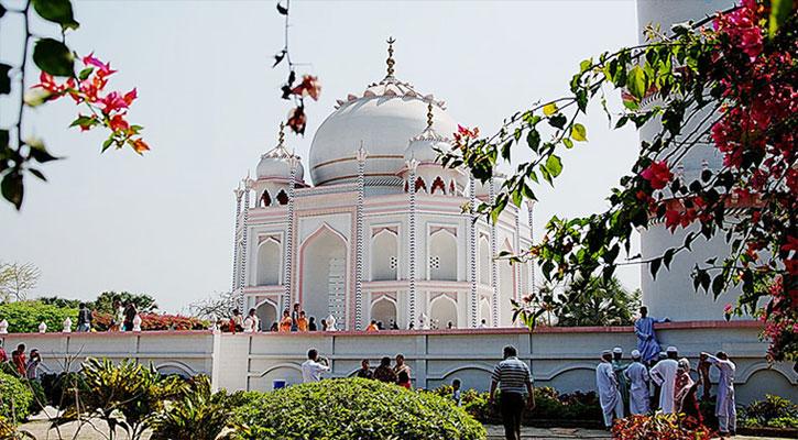 সোনারগাঁয়ে বাংলার তাজমহল