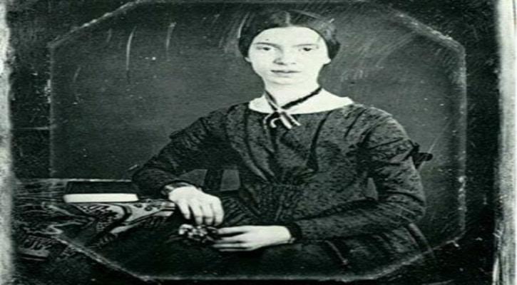 এমিলি ডিকিনসন- মৃত্যুর পরে হয়েছেন কবি