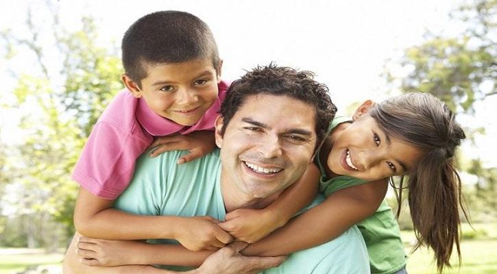 বাবা হিসেবে সন্তানের সাথে নিবিড় বন্ধন কীভাবে গড়ে তুলবেন?