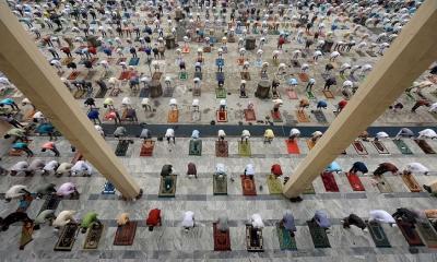 মসজিদে জামাতে নামাজ আদায়ে ১০ দফা নির্দেশনা ধর্ম মন্ত্রণালয়ের