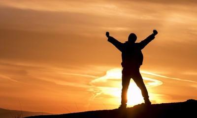 জীবনে ঘটে যাওয়া কোন দুর্ঘটনা আপনাকে বারবার আটকে দিচ্ছে ?
