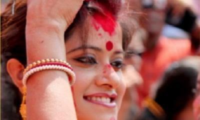 হিন্দু বিবাহিত মহিলারা শাঁখা-সিঁদুর কেন ব্যবহার করেন ?